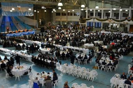 Como es costumbre en este tipo de celebraciones, la ceremonia concluyó con un típico locro criollo y show folclórico que tuvieron lugar en los hangares del Grupo Mantenimiento (foto: Fuerza Aérea Argentina).