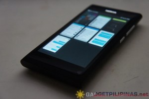 Nokia N9's Multitasking Panel
