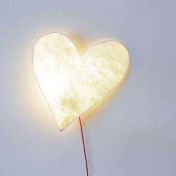 heart_wall_lamp.jpg