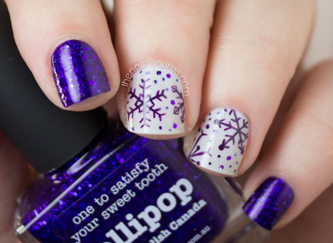 Top 5 Easiest Amazing Christmas Nail Art Designs To Try