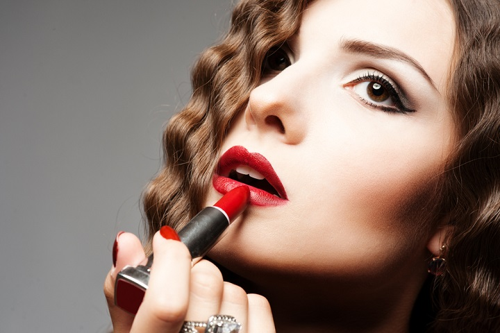 Red Indian Girl Wallpaper How To Choose Lipstick Color According To Skin Tone
