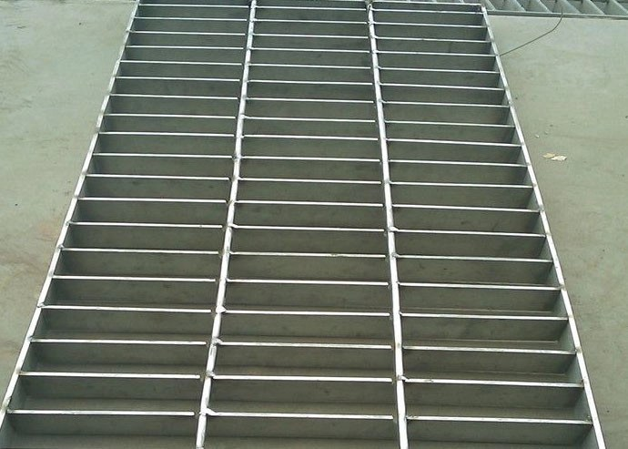 Stainless Steel Heavy Duty Steel Grating Round Bar 25 X