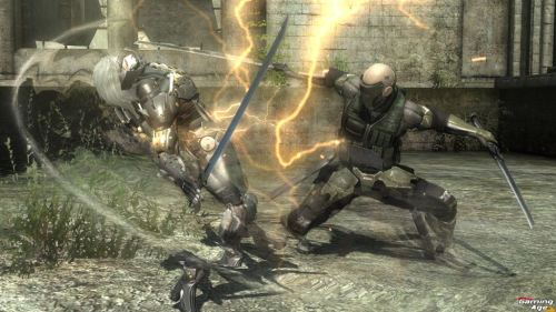 metal-gear-rising-revengeance-Cyborg (Standard)_2sword_attack_W