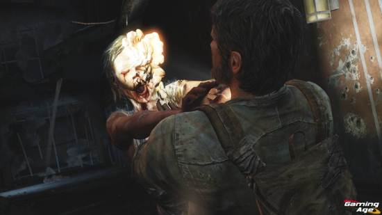 the-last-of-us_infected choking