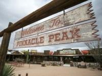 Pinnacle Peak Patio's last supper: Steaks, pie, memories