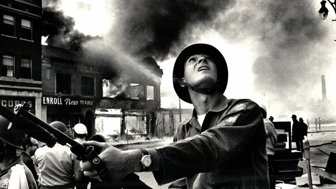 watch fraught first trailer for kathryn bigelow s 1967 riot film detroit 1