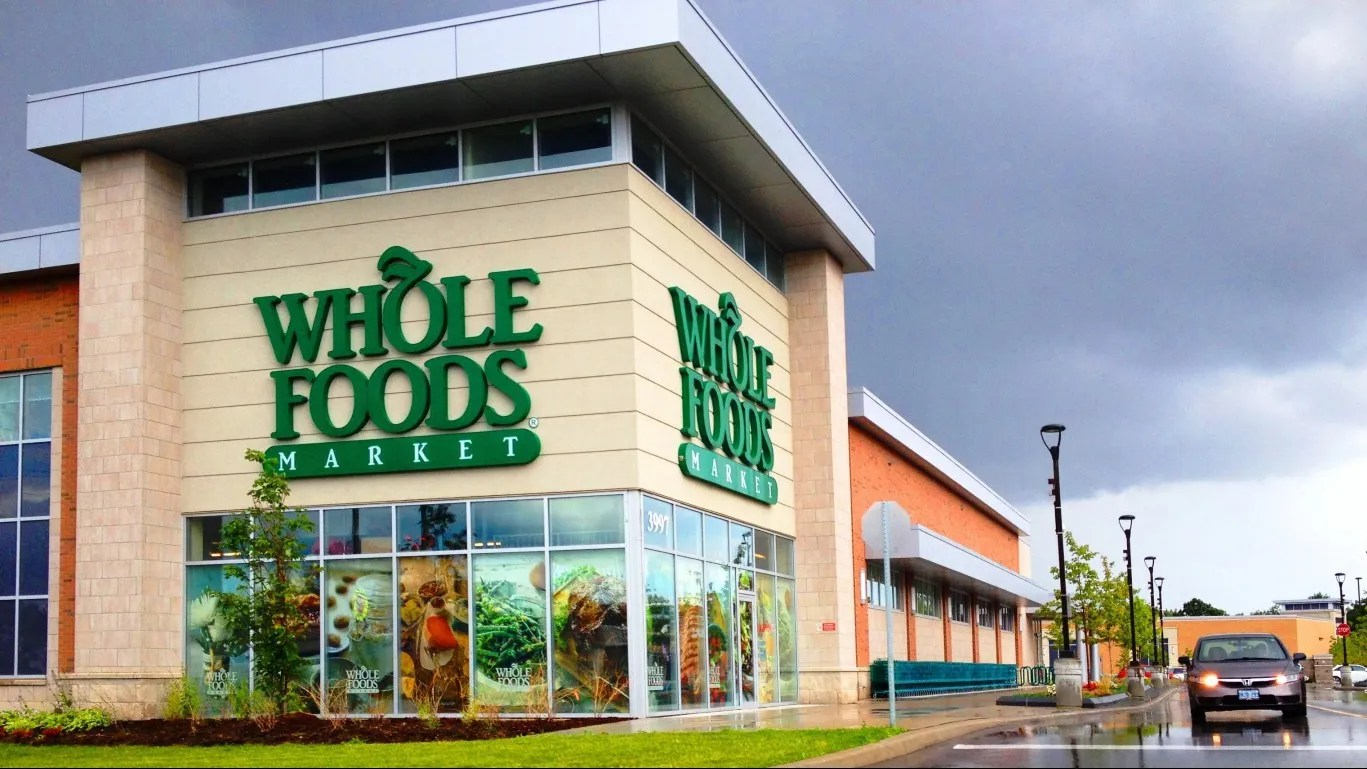 Amazon Starts New Curbside Pickup Service For Whole Foods