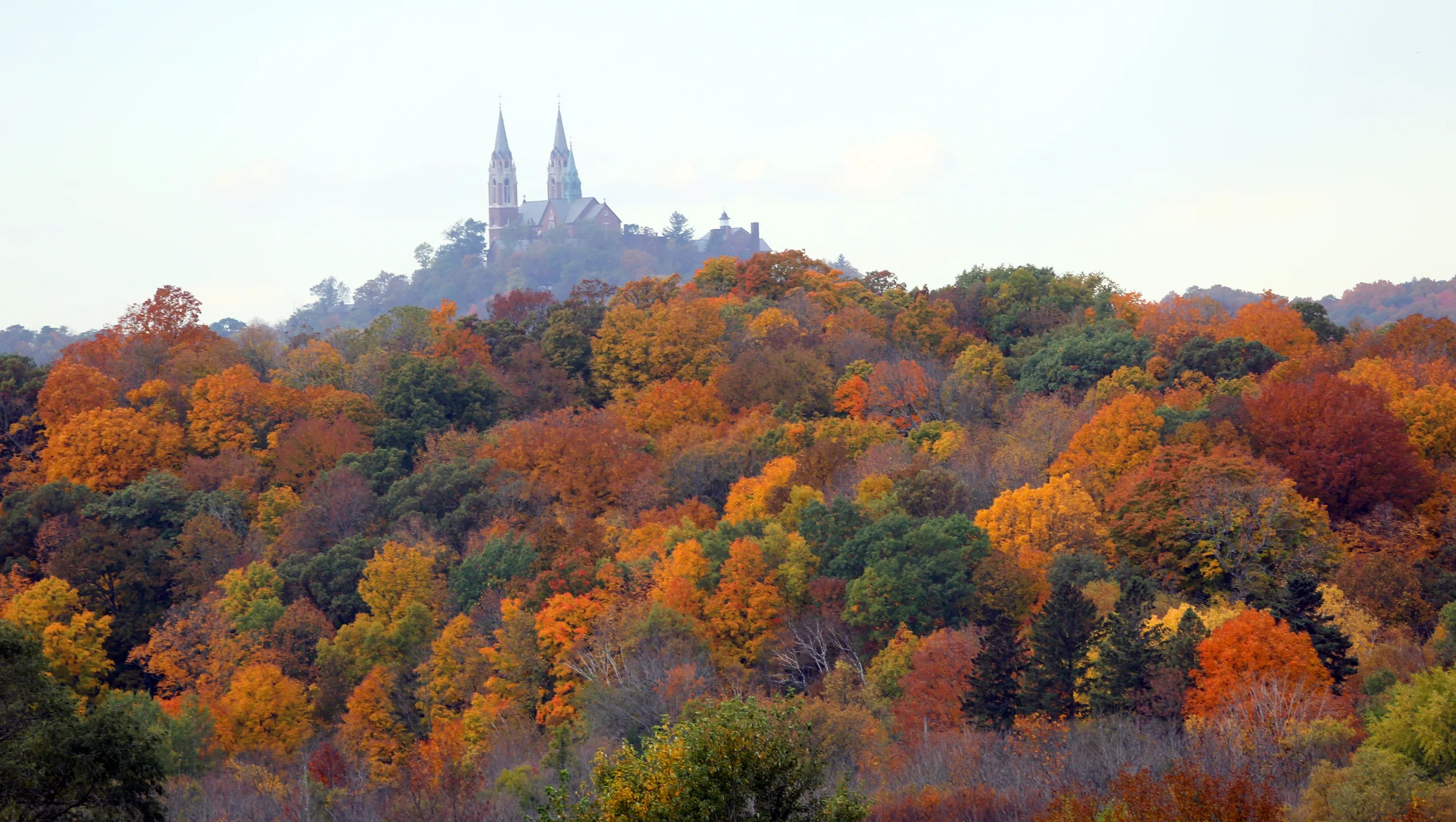 Fall Wooded Wallpaper 15 Spots To See Fall Colors In The Milwaukee Area