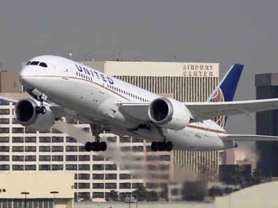 FAA takes 'comprehensive review' of the Dreamliner