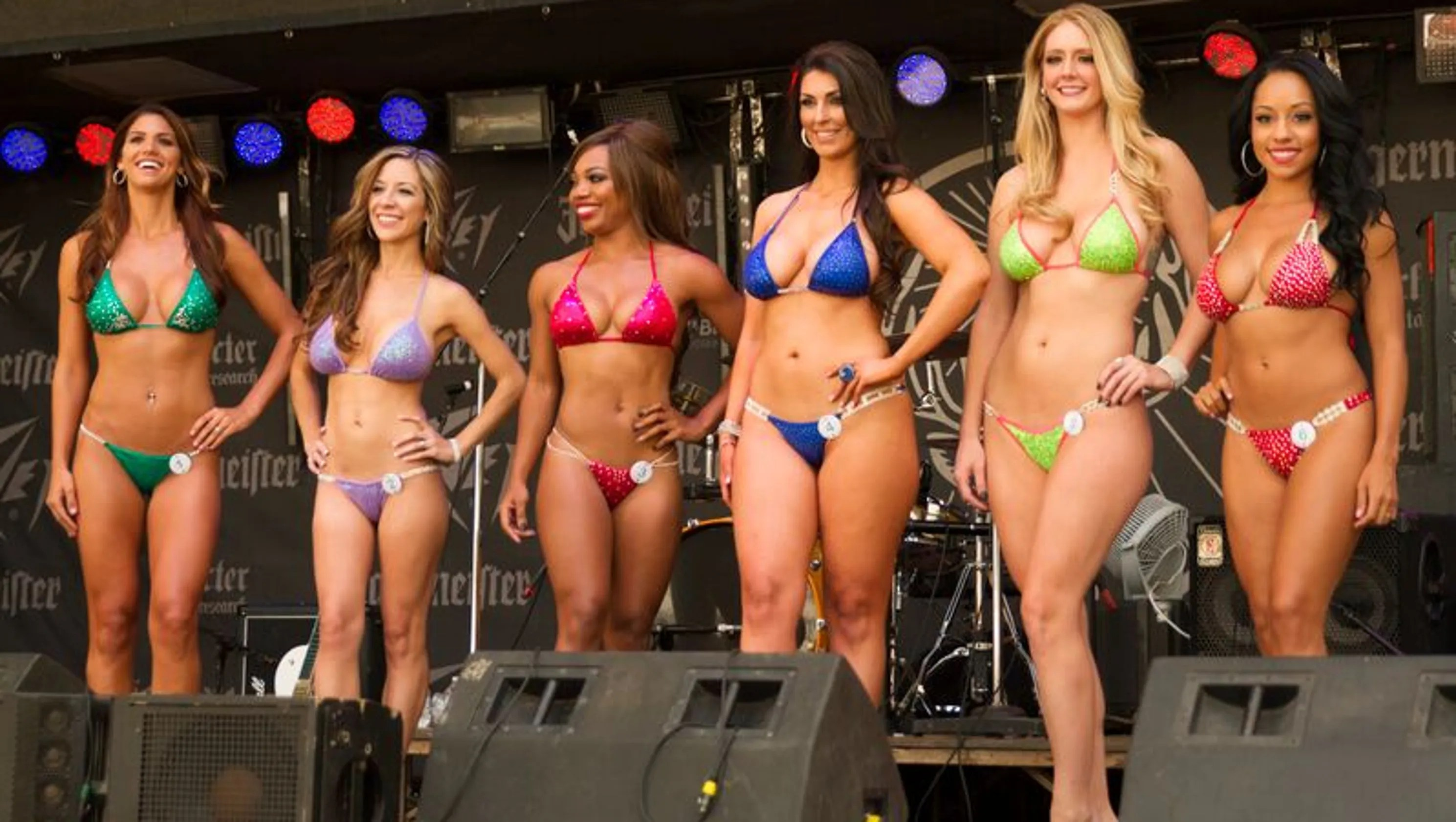 Corvette Girl Wallpaper Photos The International Bikini Team Appears At The