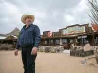 Pinnacle Peak Patio in Scottsdale to auction Western ...