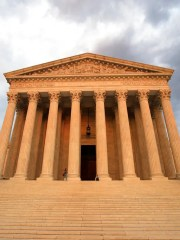 The Supreme Court justices indicated in arguments Monday that they would reverse a Kansas high court ruling that found police violated a driver's constitutional rights when they stopped his pickup based only on information that the truck owner's license had been suspended.
