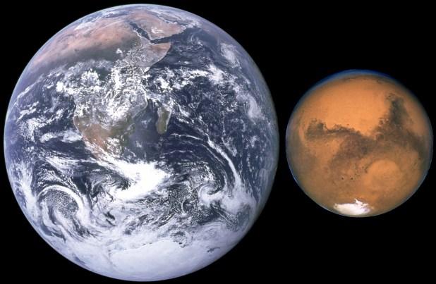 Mars,_Earth_size_comparison_NASA_PublicDomain
