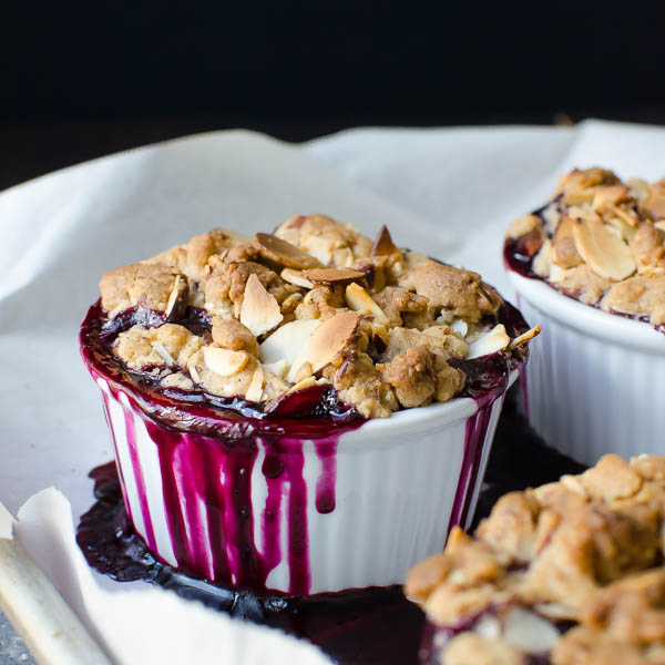 blueberry lemon almond crisp-9