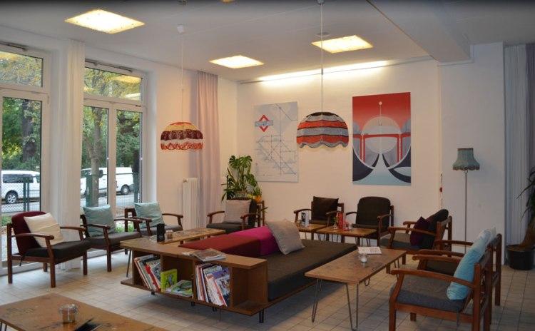 job chancen f r fl chtlinge im tourismus gastro portal. Black Bedroom Furniture Sets. Home Design Ideas
