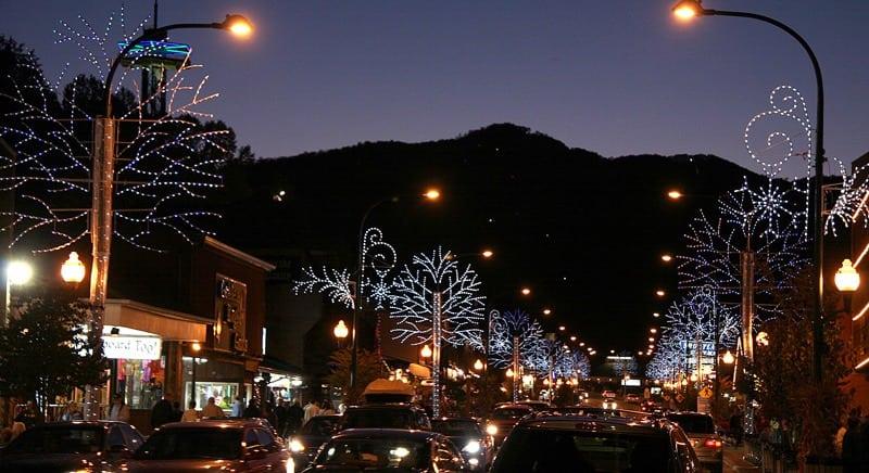 Gatlinburg In The Fall Wallpaper Gatlinburg Christmas Lights 2018 Winter Magic