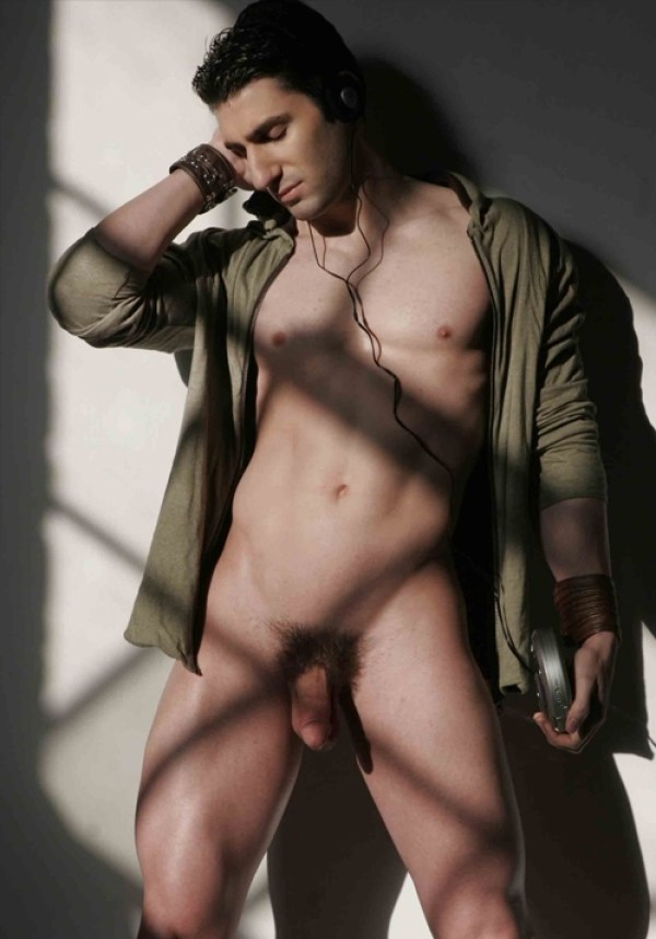 Joel Evan Tye 50 Joel Evan Tye Part 2: Exposed and Full Frontal Nude for the holidays