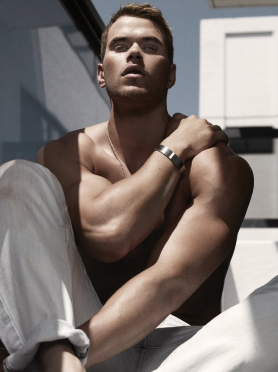 Kellan Lutz 7 600x800 Kellan Lutz   Hotter Than Ever