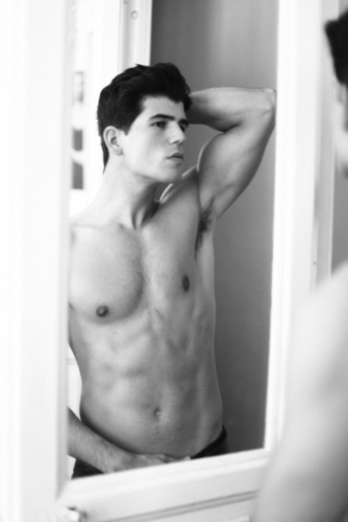 Carlos San Roman - Handsome As Handsome Can Be (7)