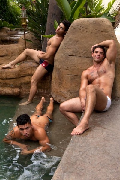 Muscle Men Fucking - Diego Sans, Dante Ferraro and Derek Atlas (1)