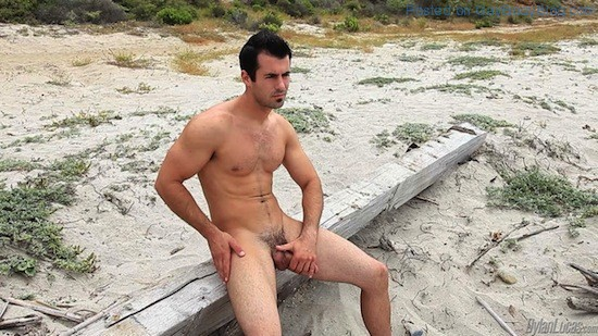 Brock Cooper Naked On The Beach (3)