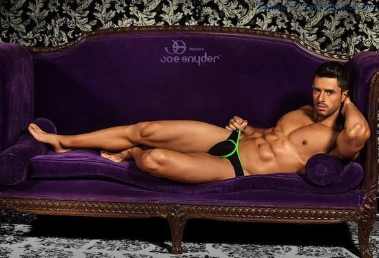 Smooth Muscled Model Felipe Herrera Jiménez (2)