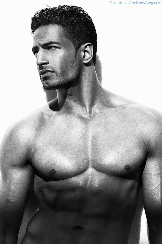 Bollywood Muscle Hunk Upen Patel (7)