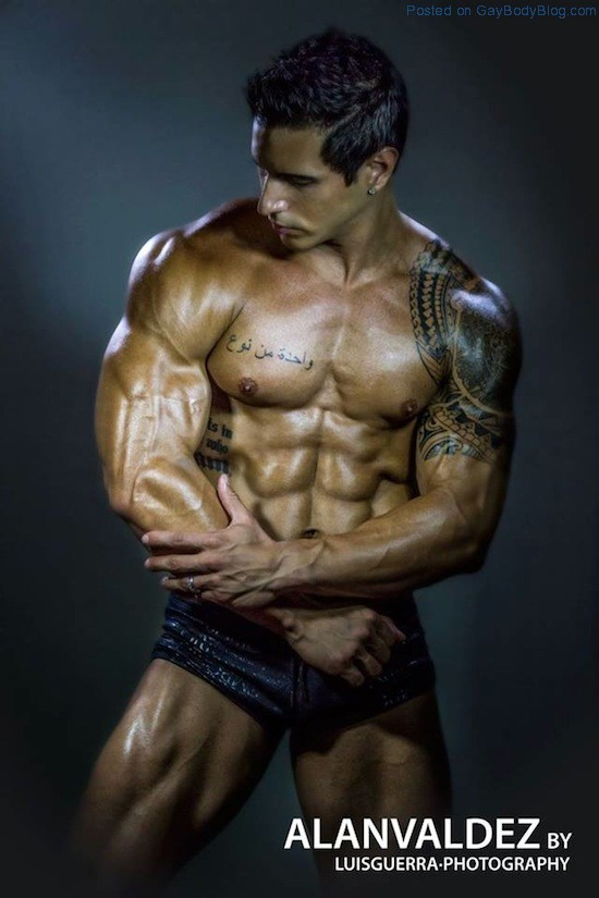 Ripped Muscle Hunk Alan Valdez 10 Ripped Muscle Hunk Alan Valdez