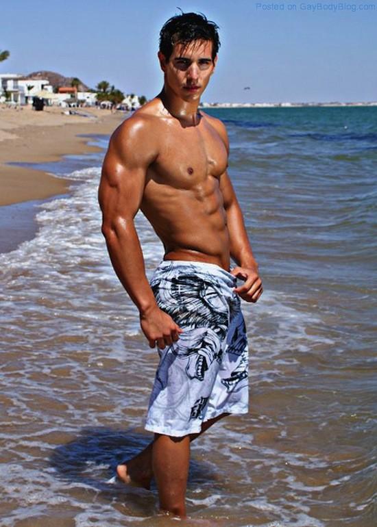 Ripped Muscle Hunk Alan Valdez (4)