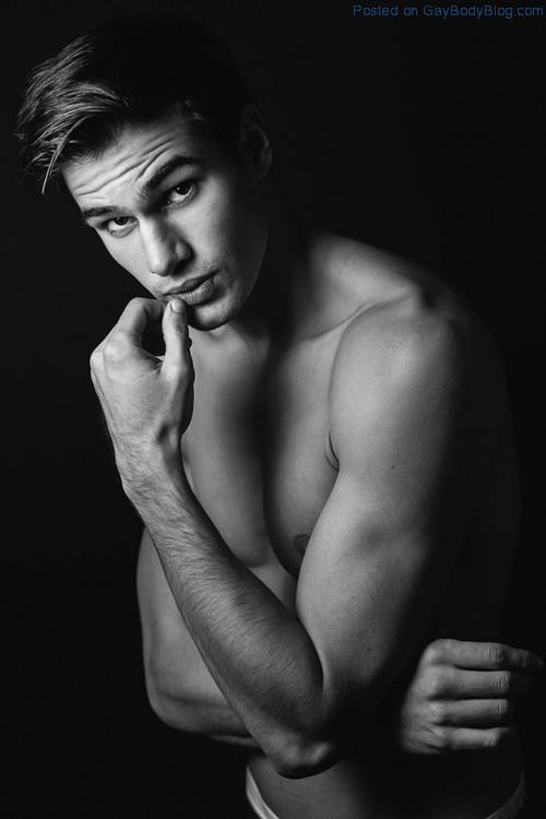 Young Hunk Chris Delbeck 4