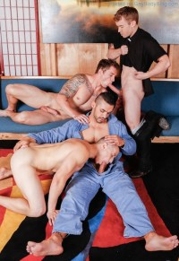 A Great Gay Orgy To Finish The Week!