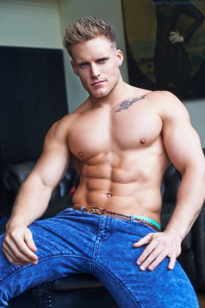 Matt Sallis Looking Buff And Sexy 1