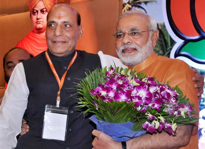 BJP president Rajnath Singh with Narendra Modi