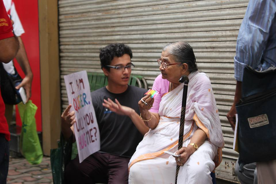 Interacting with the elderly (Picture by: Niladri R Chatterjee)