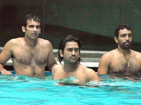 zaheer_khan_shirtless