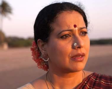 mona-ambegaonkar-in-film-evening-shadows-surmaee-shaam