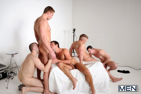 gay-orgy-sex-party