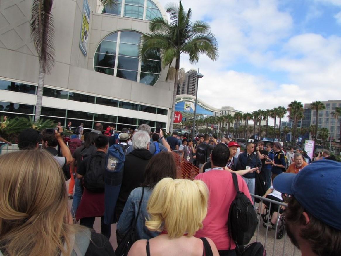 Comic Con 2015 Warner Bros Saturday Hall H5