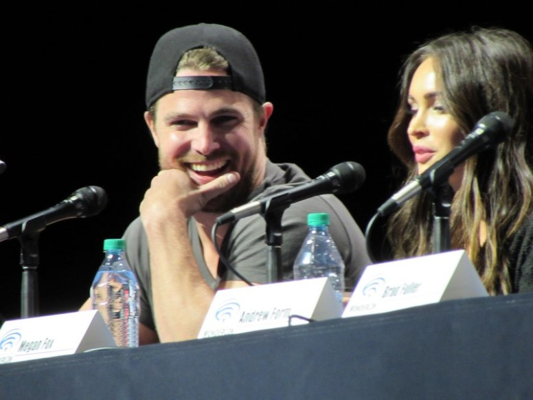 WonderCon 2016, Friday, Stephen Amell, Megan Fox, Microsoft Theater, Teenage Mutant Ninja Turtles: Out of the Shadows, TMNT 2