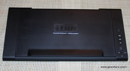 Gear Diary iHome iDM5 Bluetooth Keyboard Speaker System 009