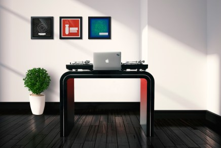 New DJ booth from Glorious – Session Cube