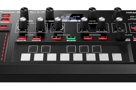 Pioneer announces the TORAIZ AS-1 monophonic analog synthesizer