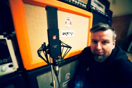 James Loughrey talks sE Electronics VR2 as Mic of Choice