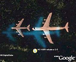 KC-135 Refueling C-5 Galaxy in Mid-air in Google Earth
