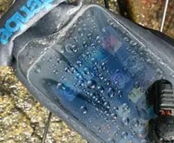 TAP_Aquapac_Stormproof-iPod-case_f