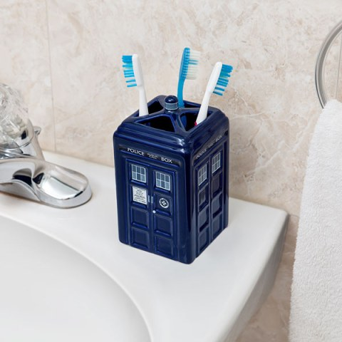 Doctor Who TARDIS Toothbrush holder - Geek Decor