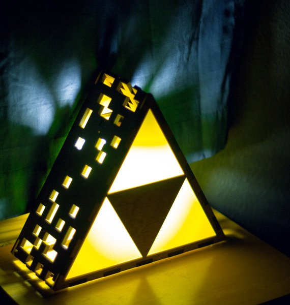 Zelda triforce lamps geek decor for Decoration zelda