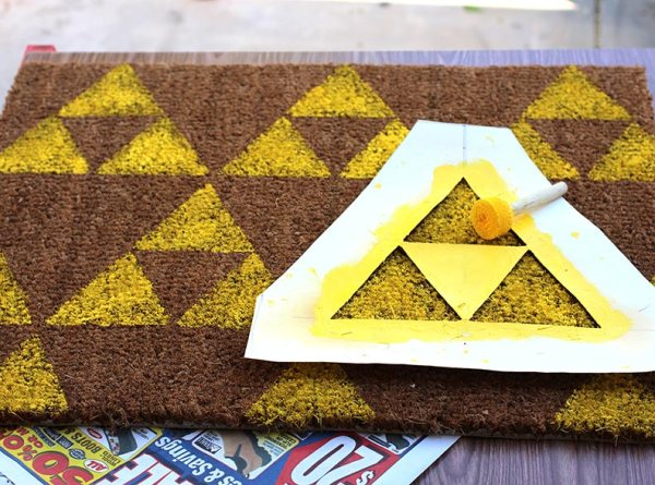 DIY Zelda Welcome Mat - Geek Decor