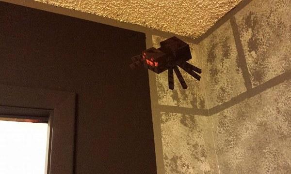 Minecraft Bedroom Spider - Geek Decor