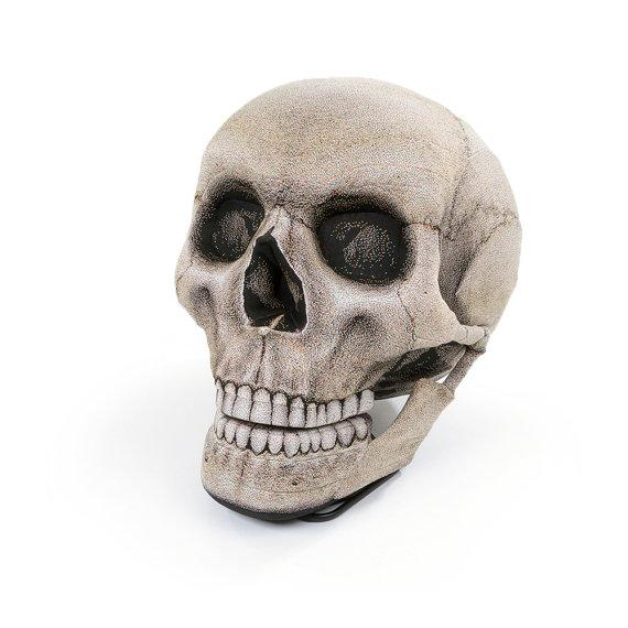 Skull Chair Front - Geek Decor
